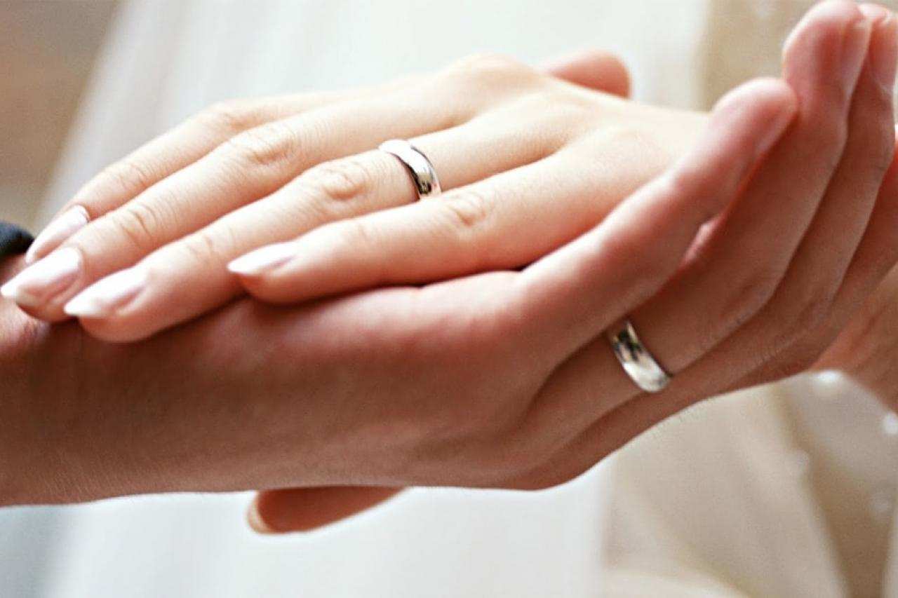 Tất tần tật những lưu ý dành cho các cặp đôi chuẩn bị mua nhẫn cưới