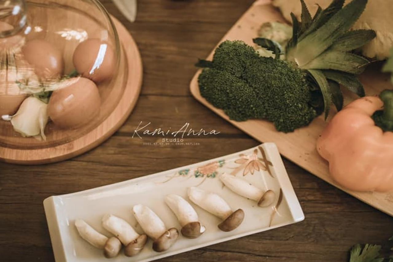 """""""Tan chảy"""" với Concept chụp ảnh cưới Bếp Yêu Thương"""