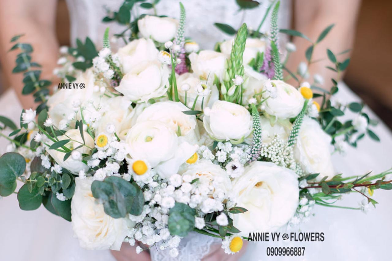Hoa cưới cầm tay Annie Vy - Tô điểm thêm cho vẻ đẹp rạng rỡ của cô dâu ngày cưới