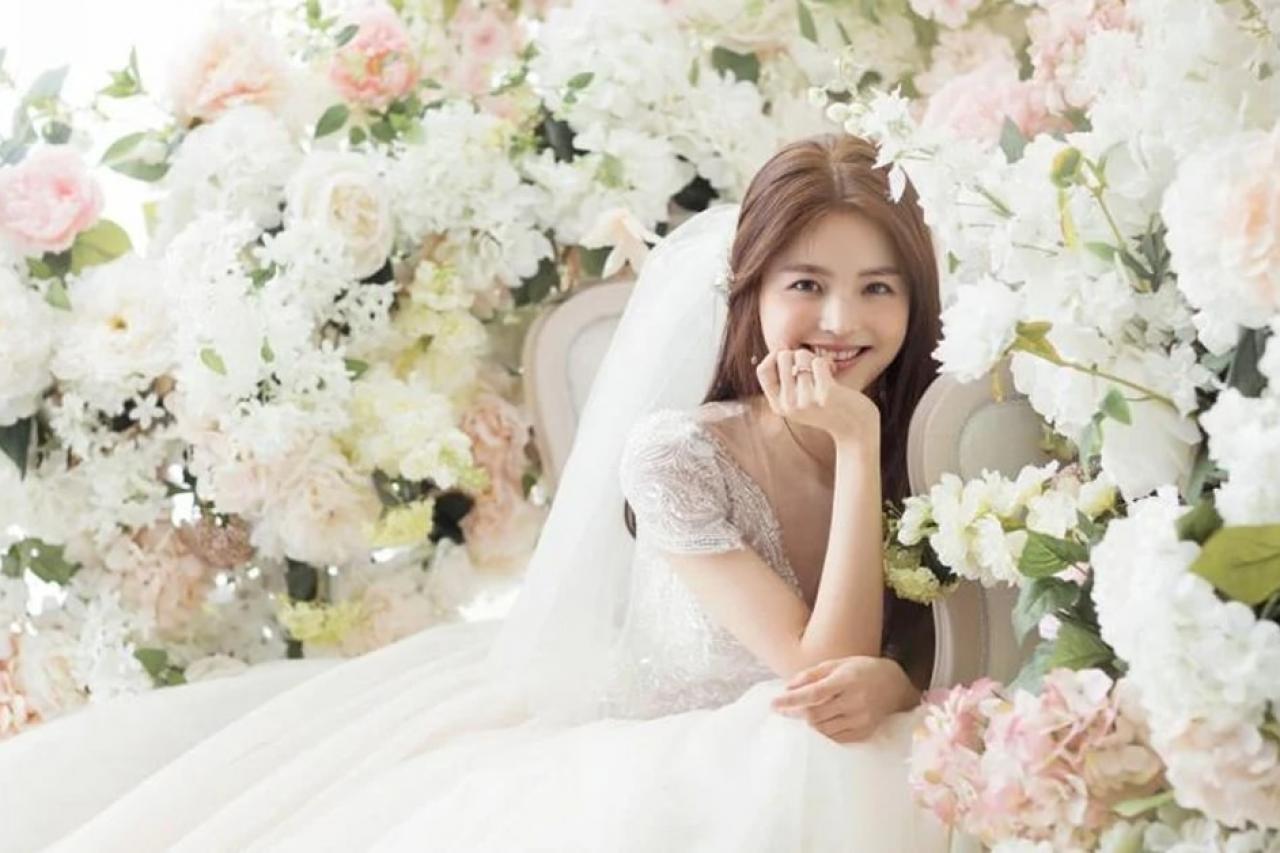 Những phong cách trang điểm giúp cô dâu luôn rạng rỡ trong ngày cưới