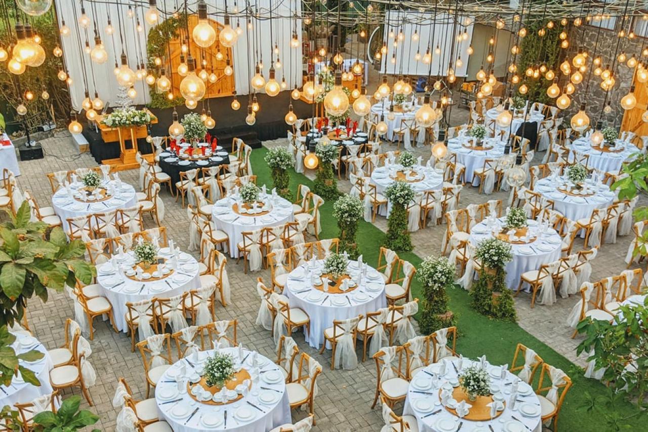 Tổng hợp từ A đến Z kinh nghiệm tổ chức tiệc cưới ngoài trời