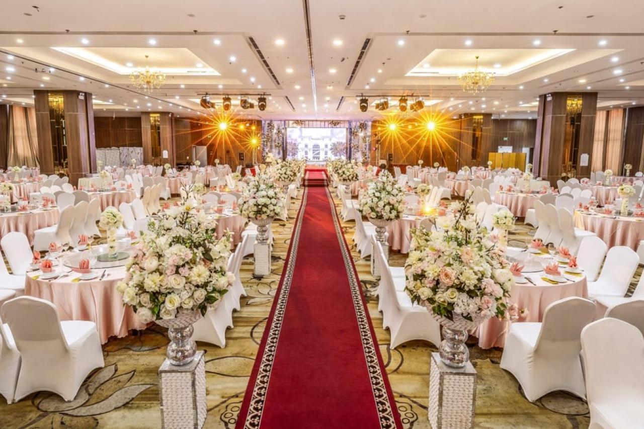 Tổ chức tiệc cưới tại nhà hàng -  Xu hướng tổ chức cưới hiện đại
