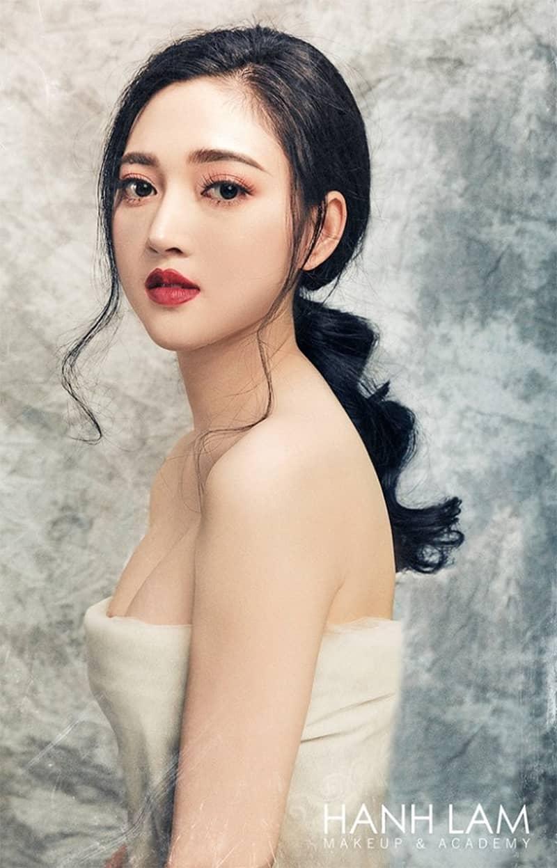 xu-huong-trang-diem-co-dau-ngay-cuoi-dep-nhat-nam-2021-5